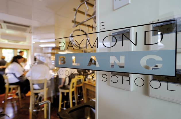 Belmond le manoir cookery school