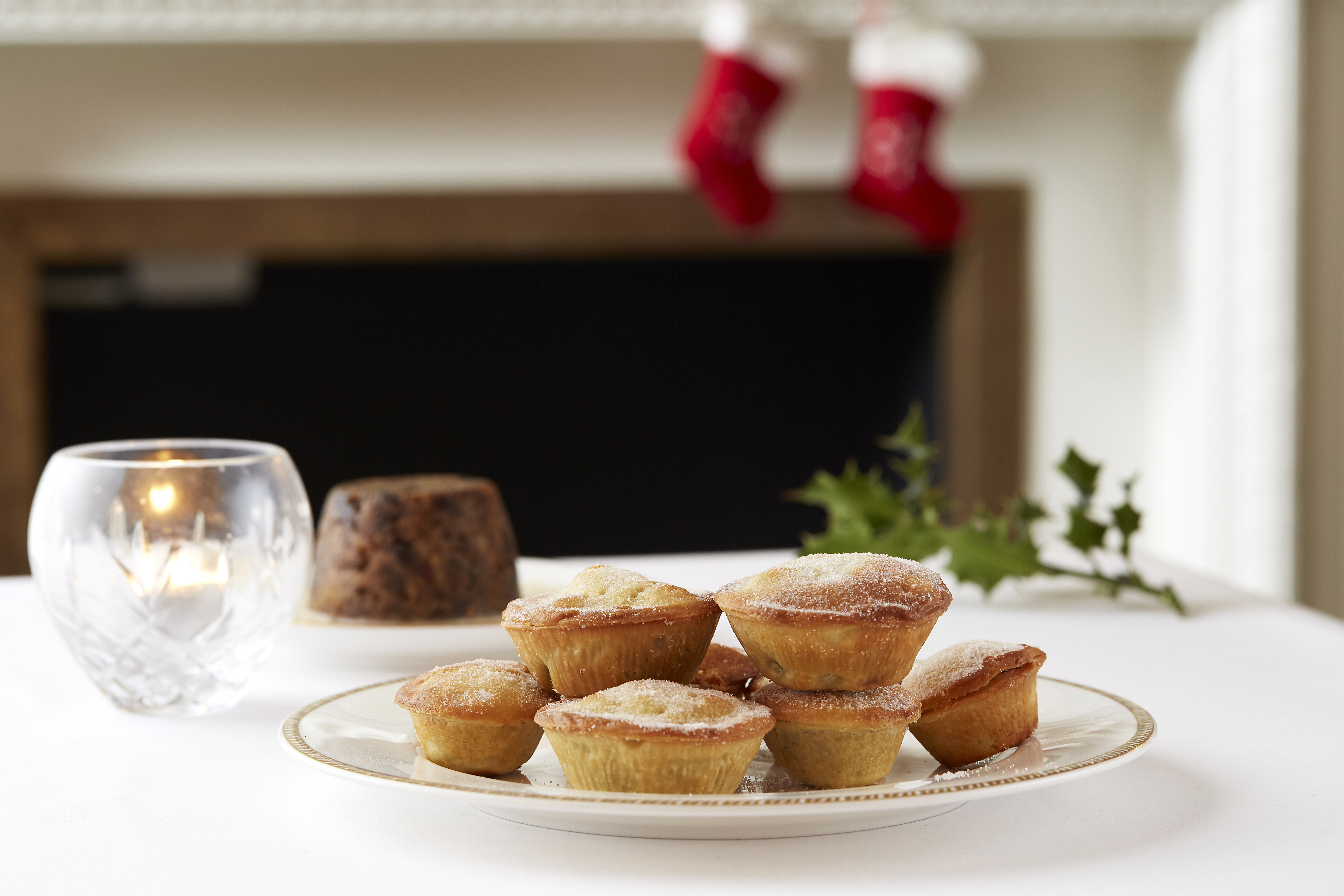 Mince Pies by Shay Cooper