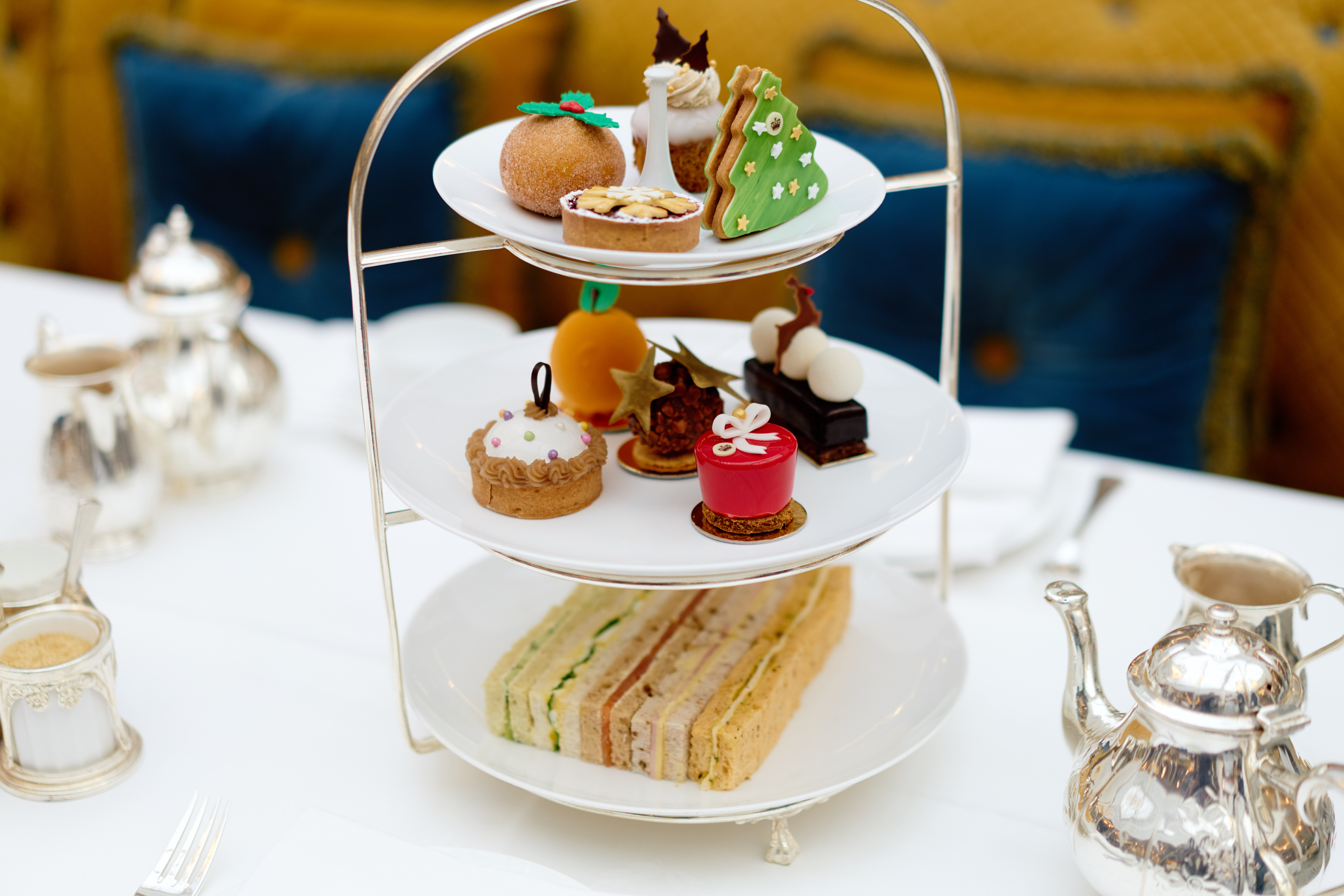 The-Lanesborough-Christmas-Luxury-Restaurant-Guide-Festive-Afternoon-Tea-2