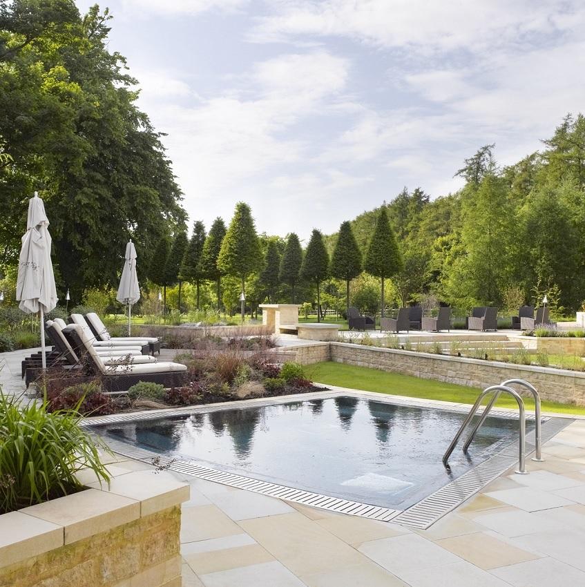 plunge pool