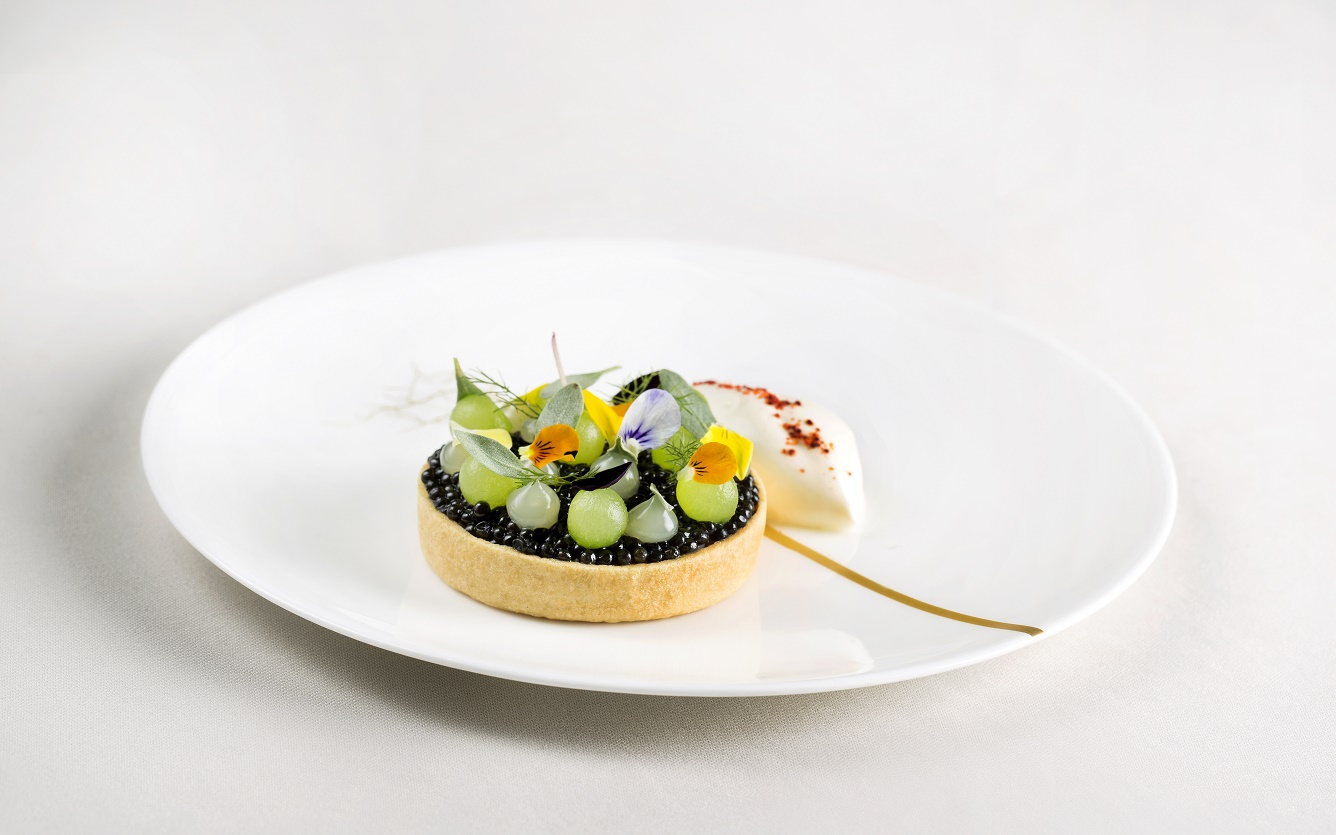 Restaurant Coworth Park-Exmoor Caviar cornish crab yuzu cucumber-highres
