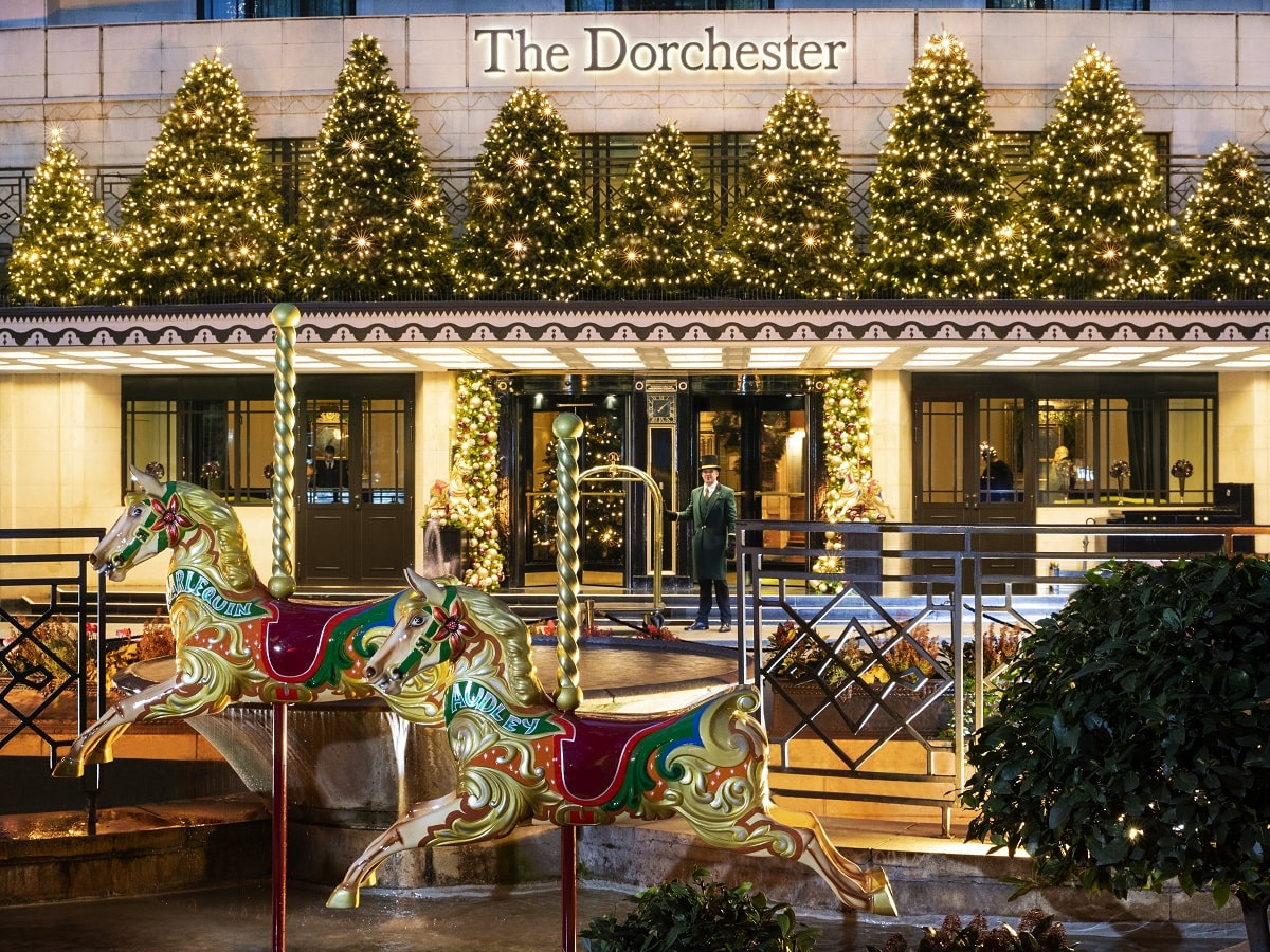 Christmas at The Dorchester 2018 Exterior-min