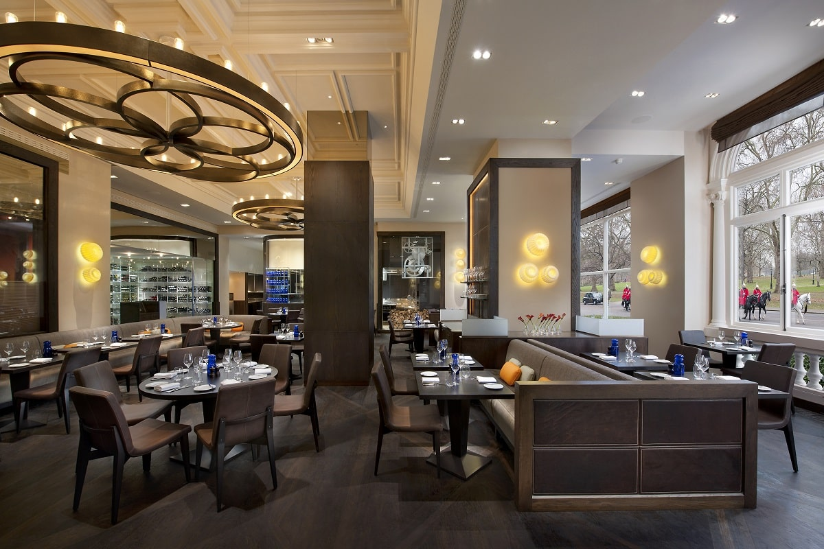 london-restaurant-dinner-by-heston-blumenthal-2-min