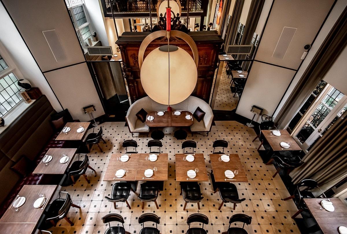 dinings interior- em azodi (3)-min