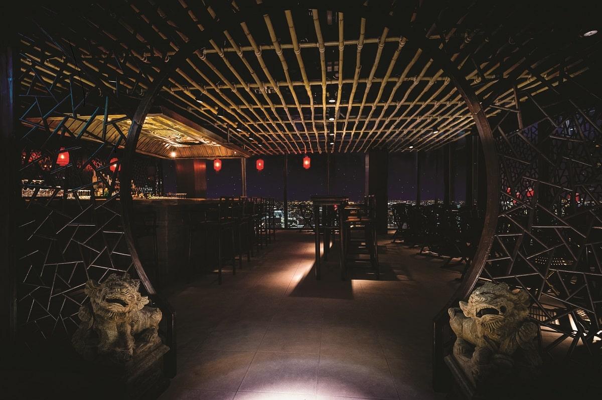 hutong shanghai bar-min