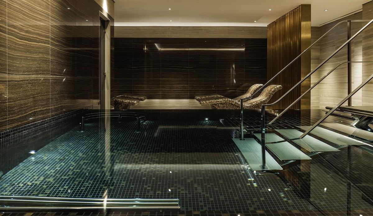 The-Langley-Spa-Vitality-Pool-min